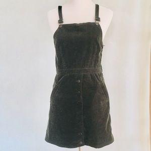 Topshop corduroy overall dress!